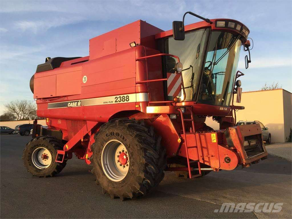 CASE IH 2388 EXCLUSIVE - Photo 2